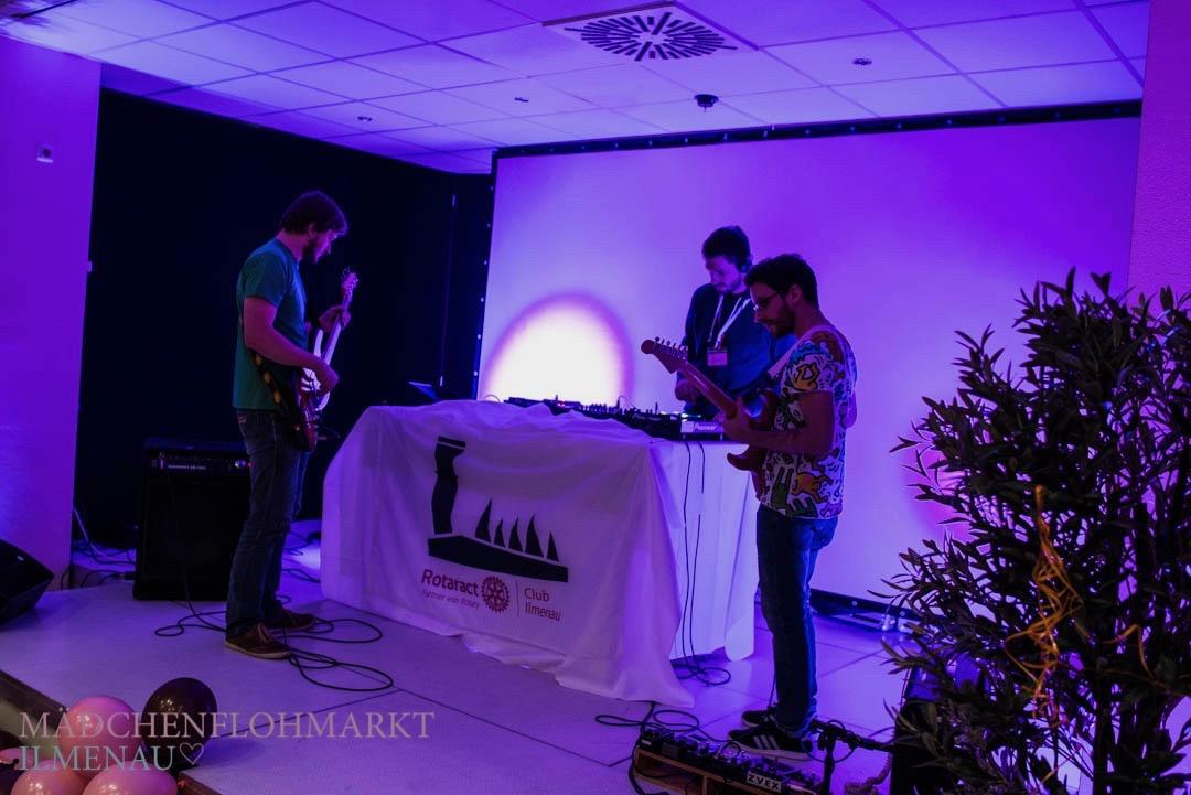 Jam Session auf dem 2. Mädchenflohmarkt Ilmenau | Rotaract Club Ilmenau